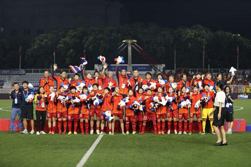 Đội tuyển nữ Việt Nam.