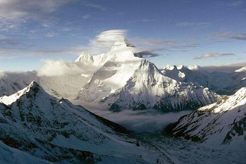 Dãy núi Himalaya. Ảnh: Internet