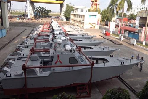 Theo tạp chí quốc phòng Jane's thì một khách hàng châu Phi đã đặt hàng các xuồng tuần tra cao tốc được thi công đóng mới bởi nhà máy đóng tàu Việt Nam.