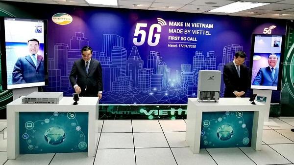 Viettel chính thức thực hiện cuộc gọi 5G đầu tiên trên thiết bị do Viettel sản xuất.