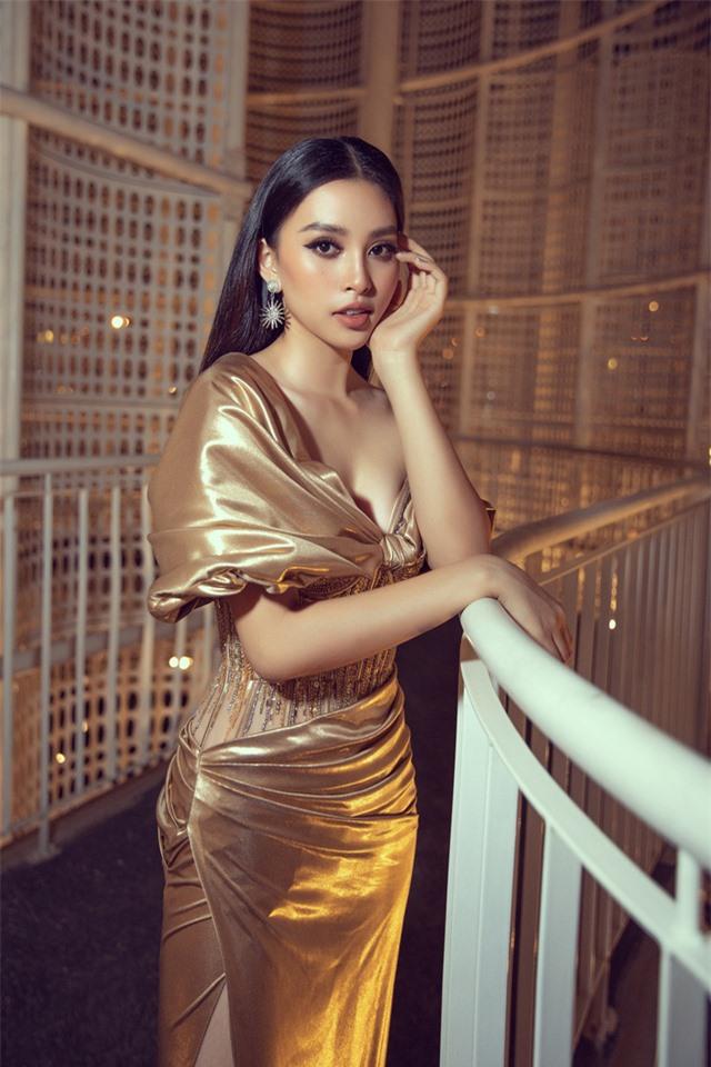 Đỗ Mỹ Linh tự tin đọ sắc với hai Hoa hậu thế hệ 2K - Ảnh 8.