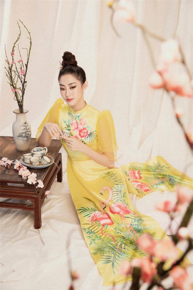 Lương Thùy Linh đẹp say lòng người với bộ ảnh áo dài Tết - Ảnh 7.
