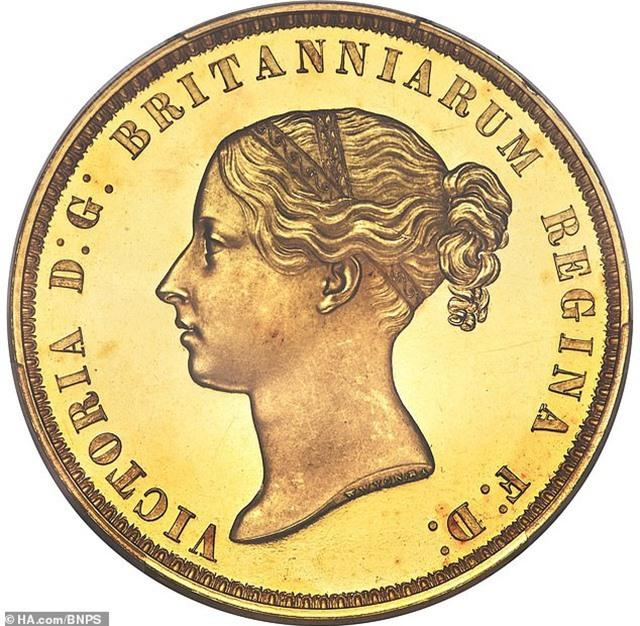 Một đồng xu vàng được bán với giá kỷ lục hơn 16 tỷ đồng - 2