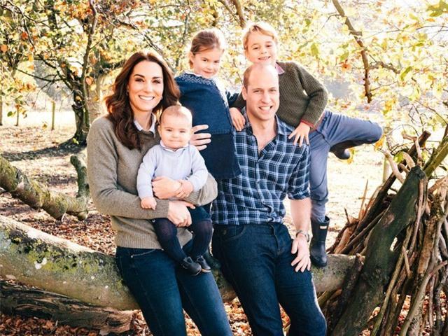 Vợ chồng hoàng tử William sẽ không sinh thêm con - Ảnh 1.