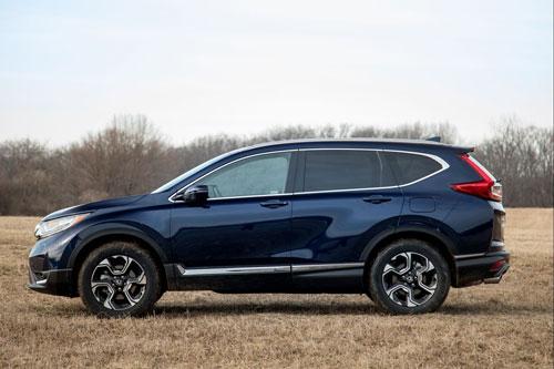 5. Honda CR-V (doanh số: 818.981 chiếc).