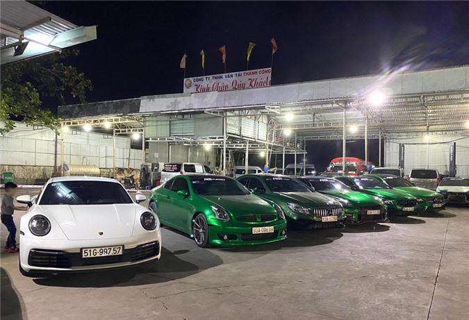 Dàn siêu xe cực chất của đại gia Bình Phước