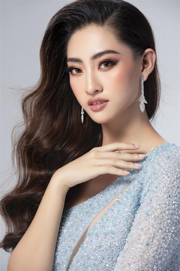 Mai Phương Thúy và 2 Hoa hậu này có hoạt động nổi bật nhất năm 2019 - Ảnh 11.