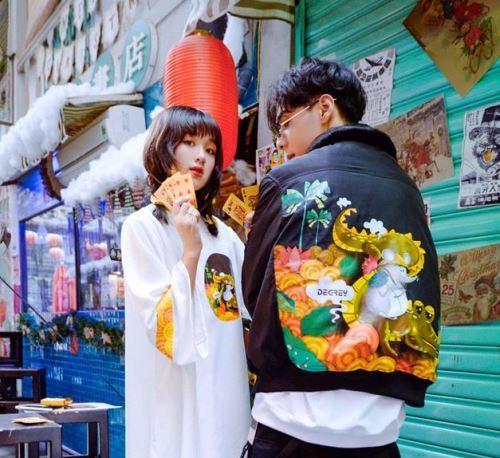 """Vì sao những thương hiệu thời trang thuộc local brand trở thành """"cơn bão"""" trong giới trẻ Việt?"""