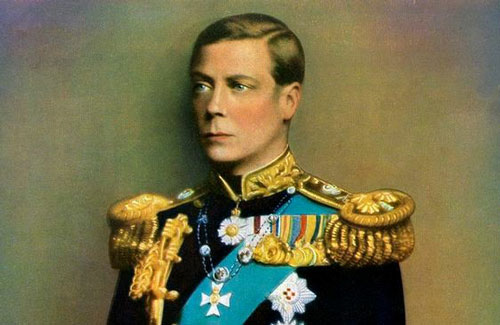 """Vụ thoái vị của Vua Edward VIII năm Bính Tý 1936 là một sự kiện không thể lãng quên trong lịch sử Hoàng gia Anh. Nguyên do là bởi ông hoàng này sẵn sàng từ bỏ ngôi vua để kết hôn với một diễn viên Mỹ. Không những vậy, người phụ nữ này đã qua 2 """"lần đò""""."""