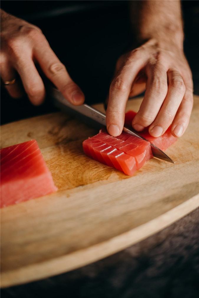 5 loại thực phẩm dinh dưỡng nếu tiêu thụ nhiều sẽ gây hại đến sức khỏe - Ảnh 3.
