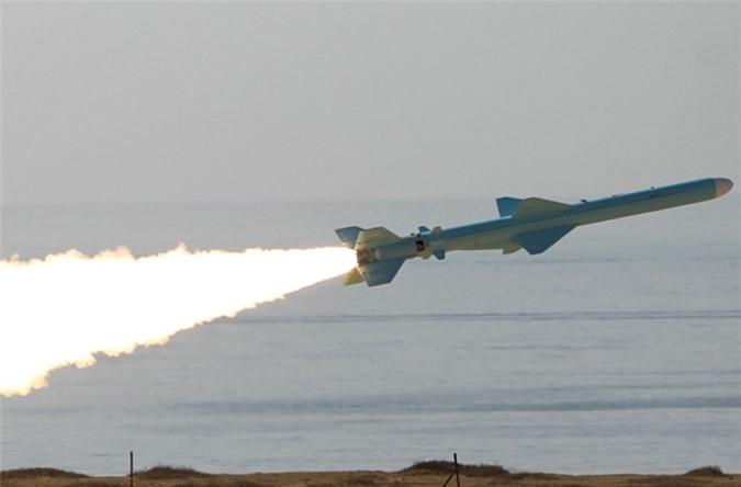 """""""Chiu choi"""" nhu Iran: Bien truc thang van tai Mi-171 thanh """"sat thu"""" chong ham-Hinh-3"""