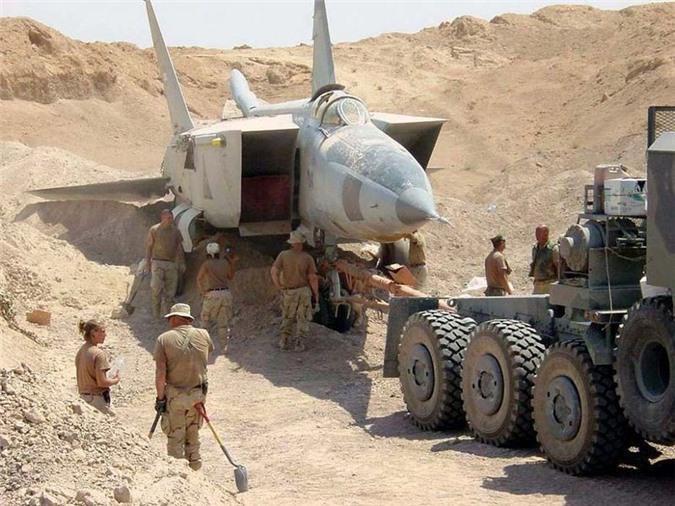 MiG-25 la tiem kich danh chan tot nhat the gioi?-Hinh-15
