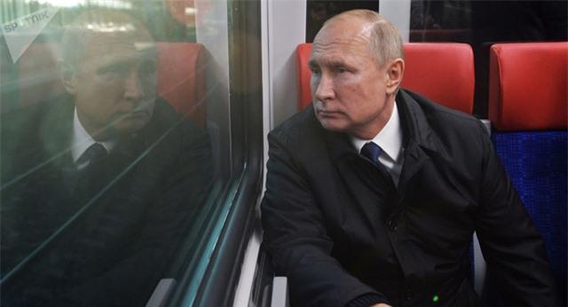 Tổng thống Putin muốn tránh kịch bản nắm quyền trọn đời - 1