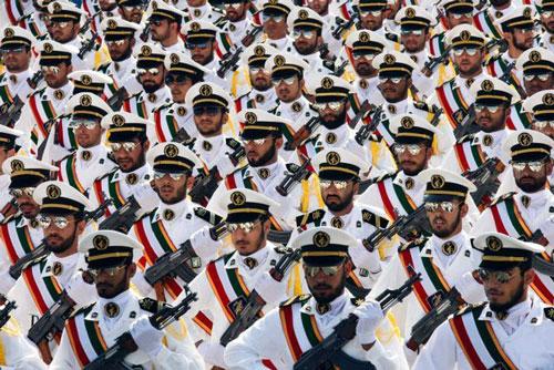 Các sĩ quan hải quân của Lực lượng Vệ binh Cách mạng Hồi giáo Iran. Ảnh: Getty Images.