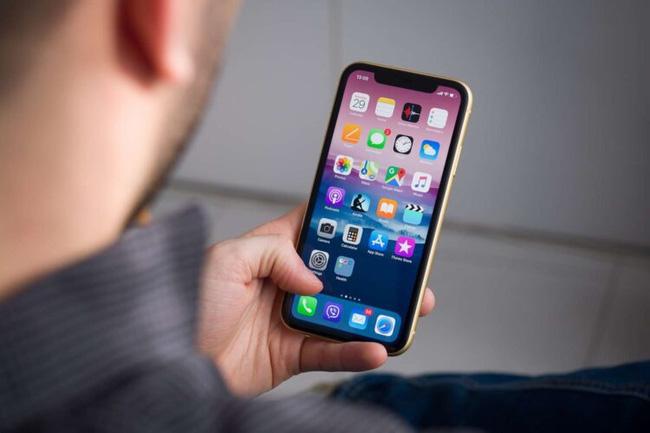 iPhone sẽ thay đổi cực lớn vào năm 2021