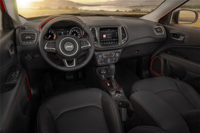 Can canh Jeep Compass