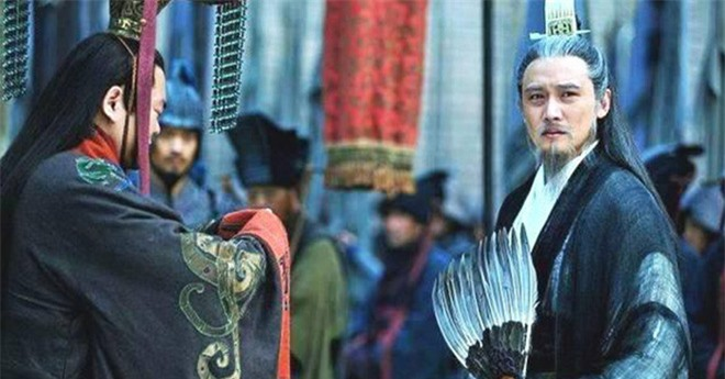Có tới 4 người con trai, vì sao Lưu Bị vẫn buộc phải truyền ngôi cho Lưu Thiện? - Ảnh 3.