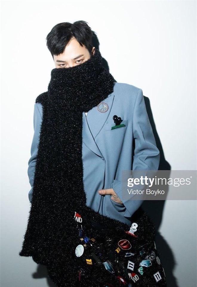 G-Dragon (BIGBANG) gây náo loạn ở Paris, lần đầu dự sự kiện quốc tế bên anh rể tài tử để ủng hộ chị gái - Ảnh 3.