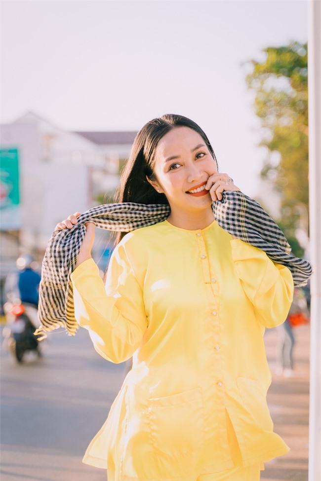 """""""Lật mặt - 48h"""": Vợ chồng Lý Hải - Minh Hà cùng 4 con xinh xắn chụp ảnh Tết - Ảnh 13."""