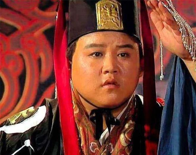 Nằm trong tay gia tộc Tư Mã, Lưu Thiện có độc chiêu gì để không bị kẻ địch trừ khử? - Ảnh 2.