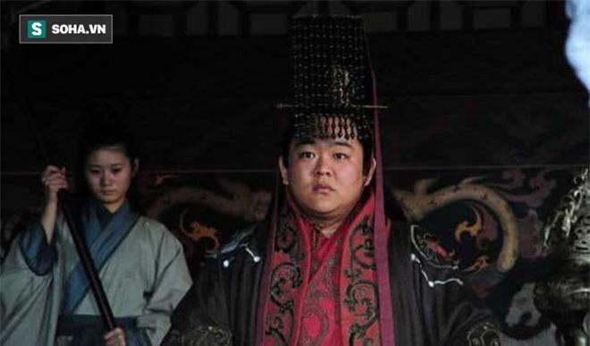 Nằm trong tay gia tộc Tư Mã, Lưu Thiện có độc chiêu gì để không bị kẻ địch trừ khử? - Ảnh 4.
