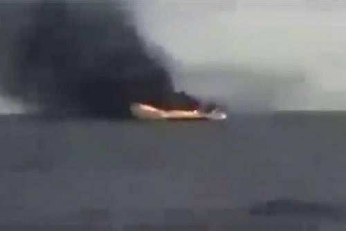 Tàu chở vũ khí từ Thổ Nhĩ Kỳ bị tiêm kích MiG-23 của LNA phá hủy. Ảnh: Avia.pro.