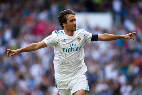 5. Raul Gonzalez (Real Madrid, Schalke 04, 142 trận).
