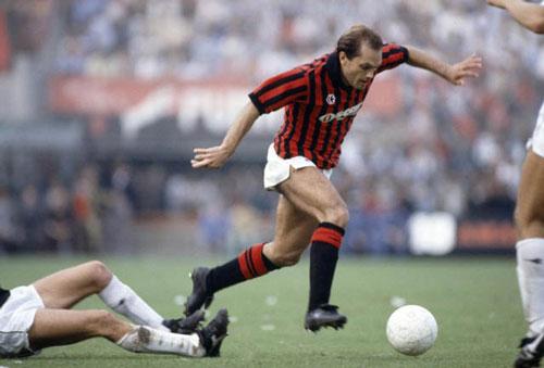 Wilkins đã dành 3 năm thi đấu cho AC Milan