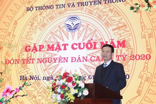 Bộ trưởng Nguyễn Mạnh Hùng phát biểu tại buổi Gặp mặt.