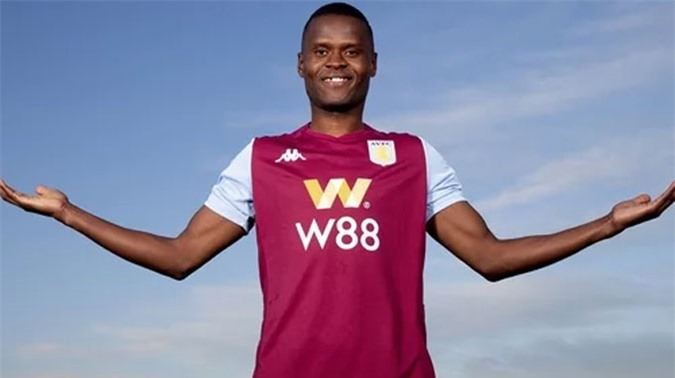 Aston Villa hoàn tất vụ Samatta