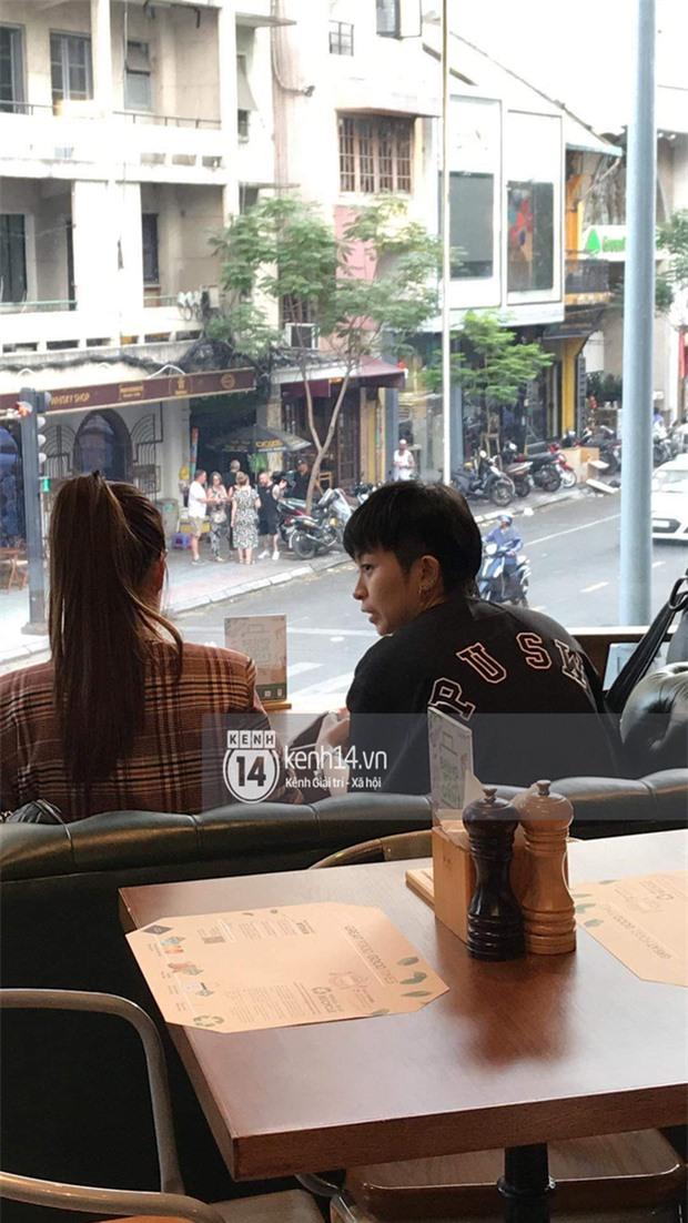 Cuối cùng Hoàng Thùy Linh cũng đăng ảnh bên Gil Lê, lại còn ôm nhau cực tình đủ làm netizen phát sốt - Ảnh 3.