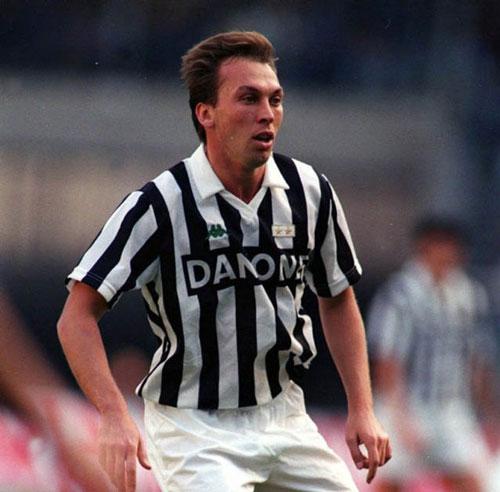 Platt đến Italia sau mùa 1990/91 thành công trong màu áo Aston Villa.