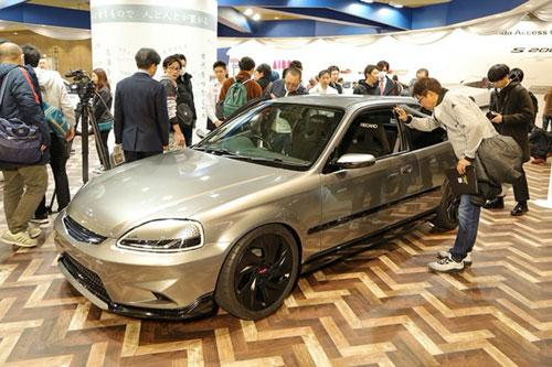 """Cận cảnh Honda Civic """"hàng độc"""" tại Tokyo Auto Salon 2020"""