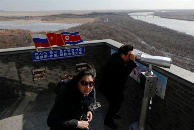 Triều Tiên bất ngờ đóng cửa biên giới với mọi du khách nước ngoài - 1