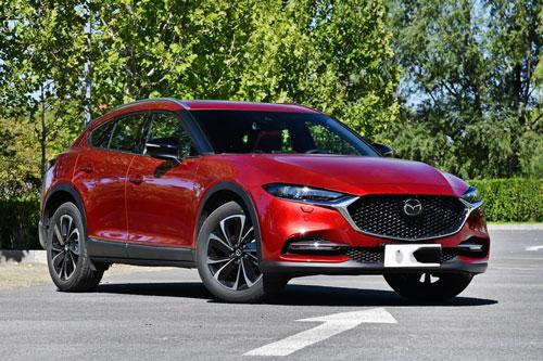 Mazda CX-4 2020.