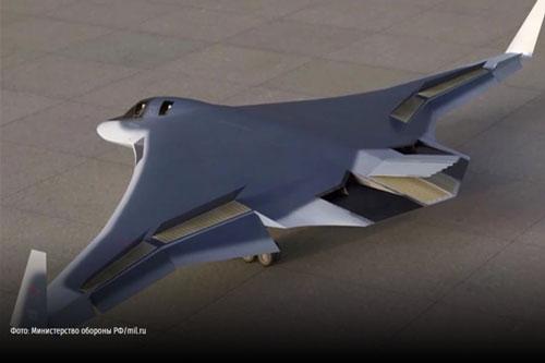 Máy bay ném bom chiến lược tàng hình PAK DA của Nga sẽ được sản xuất hàng loạt vào năm 2027, quá trình thử nghiệm sơ bộ sẽ diễn ra từ tháng 4/2023 và kiểm tra cấp nhà nước trong năm 2026.