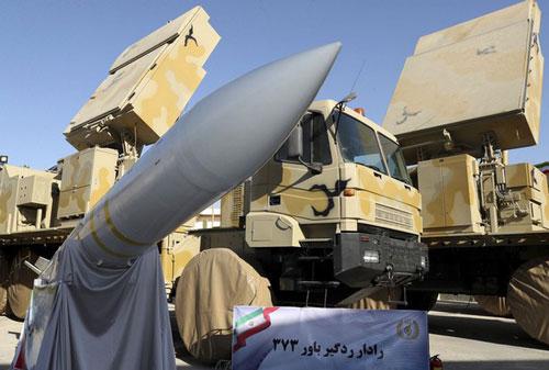 Đến lượt phòng không Bavar 37 của Iran chịu trận khi tiêm kích Israel tấn công