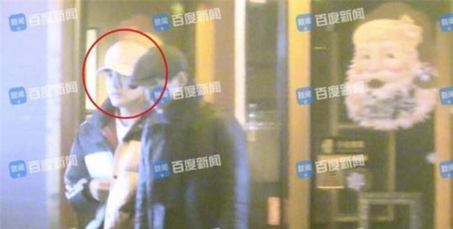 Kim Thần: Không có thành tích trong sự nghiệp, chỉ gây chú ý từ tin hẹn hò Đặng Luân, Giả Nãi Lượng và cháu trai Thành Long - Ảnh 8.