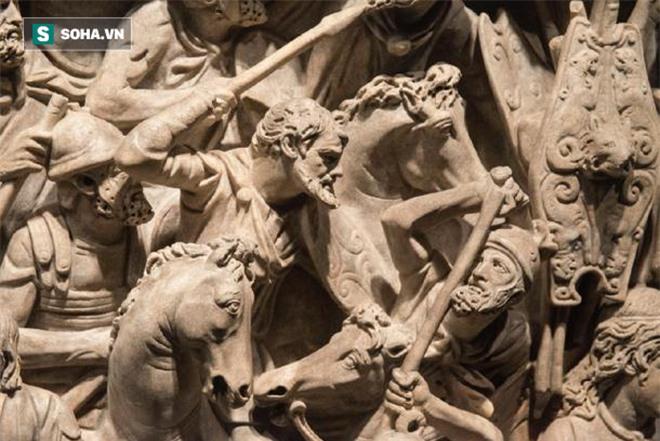 Vũng bùn khủng hoảng lớn nhất của Đế chế La Mã: Sụp đổ hay sống sót? - Ảnh 3.