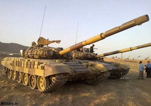 Đầu tiên và cũng là nguy hiểm nhất trong biên chế Lục quân Iran là các xe tăng chủ lực T-72 được nước này mua từ Liên Xô trong quá khứ. Nguồn ảnh: Pinterest.
