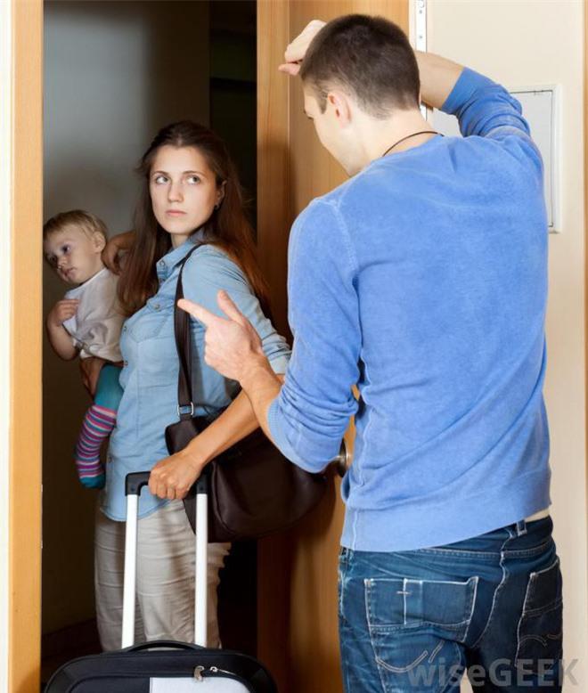 Bất lực vì ông chồng gia trưởng, vợ xách vali ra đi để lại 2 đứa con nhỏ, chỉ 2 ngày sau chồng viết tâm thư tha thiết xin vợ quay về - Ảnh 2.