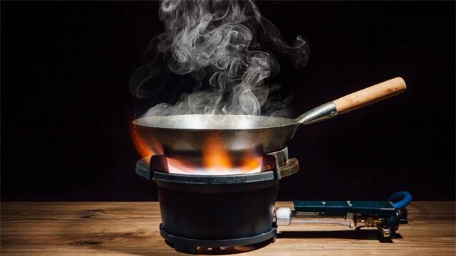Cách chế biến phù hợp với từng loại dầu ăn để tránh rước chất độc vào người - 2