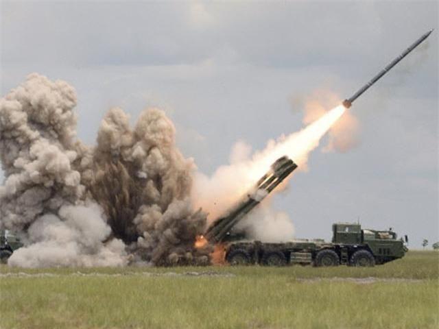 My thua nhan phuong Tay va NATO thua kem phao binh Nga hoan toan-Hinh-2