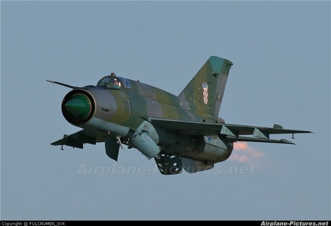 Viet Nam da bo tu lau, gio Croatia moi chiu thay tiem kich MiG-21-Hinh-7