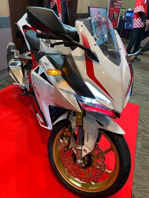 2020 Honda CBR250RR.
