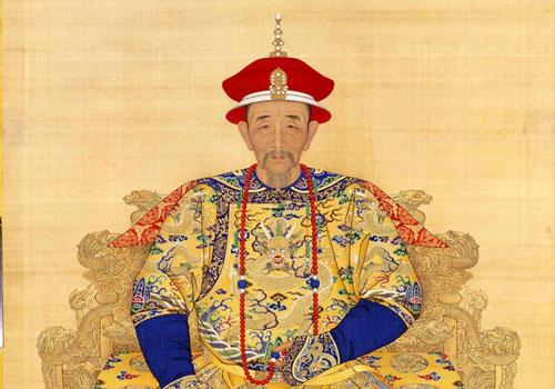 Là một trong những vị vua nổi tiếng nhất lịch sử Trung Quốc, hoàng đế Càn Long được biết đến là nhà lãnh đạo thông minh, có tài trị nước. Vì vậy, dưới thời trị vì của hoàng đế Càn Long, vương triều nhà Thanh phát triển rực rỡ và đạt được nhiều thành tựu lớn.