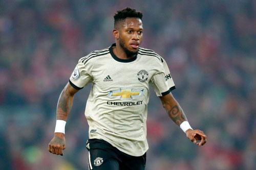 =6. Fred (mức lương: 120.000 bảng/tuần).