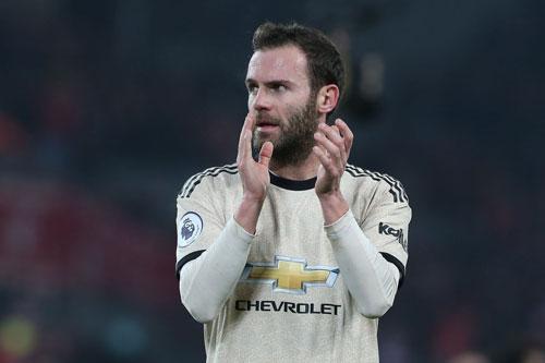 =6. Juan Mata (mức lương: 120.000 bảng/tuần).