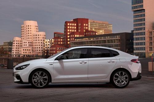 Khám phá xe thể thao Hyundai giá hơn 600 triệu