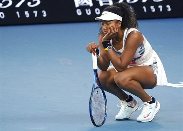 Australian Open: ĐKVĐ Osaka thua tay vợt 15 tuổi, Serena Williams cũng dừng bước - 2